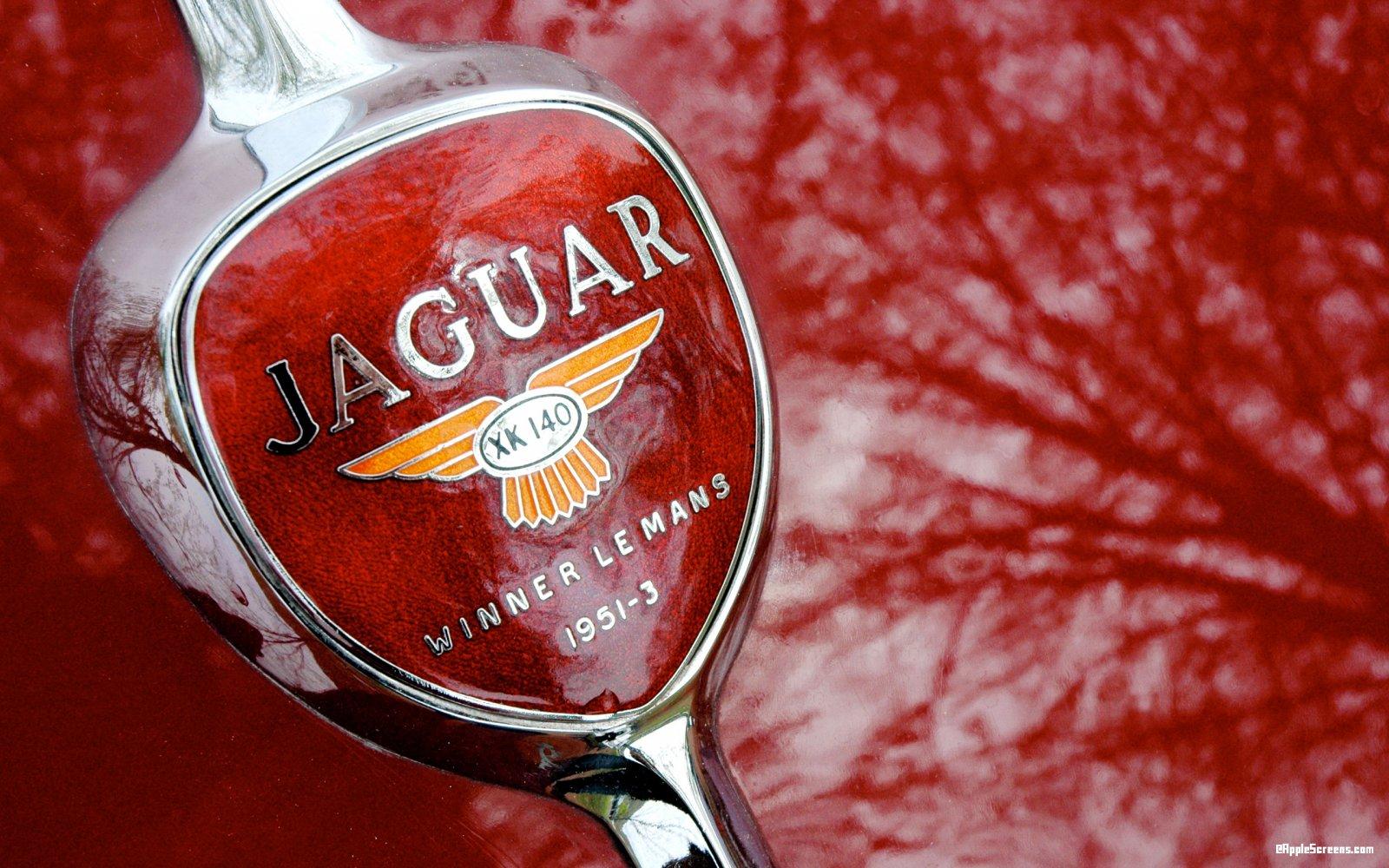 fond d'écran jaguar xk.jpg