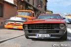 Pickup Ford F100 custom et Chevrolet Camaro 01