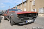 Pickup Ford F100 custom et Chevrolet Camaro 13