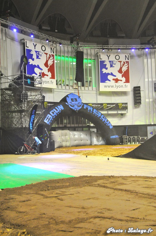 Air_Master_Freestyle_Lyon_nov_2011_014.jpg